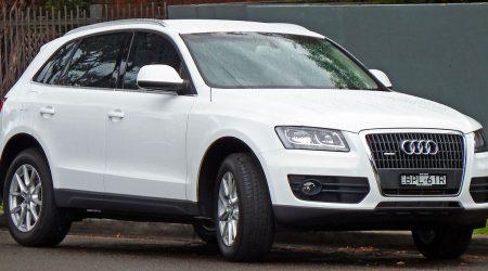 1200px-2009-2010_Audi_Q5_(8R)_2.0_TDI_quattro_wagon_01